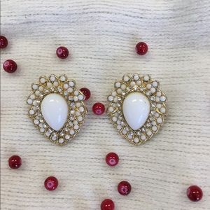 Clip back earrings White stones on Gold tone